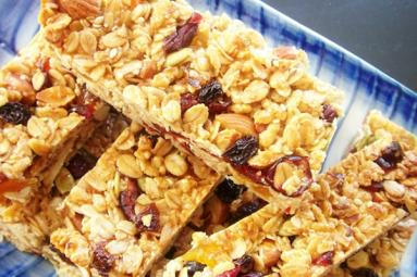 Lunch box treat-Homemade Muesli Bars